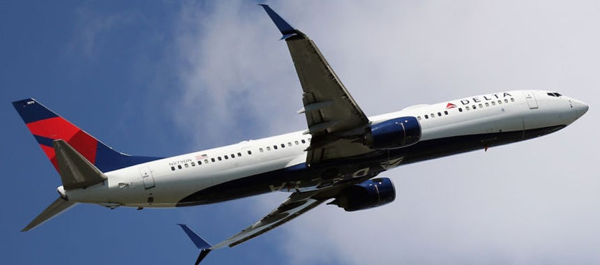 Delta CEO Refuses to Back White House Mandate
